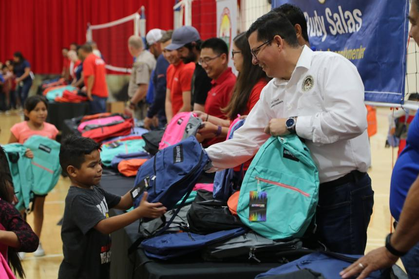 Local Lost Hills Students Receive Backpacks and School Supplies